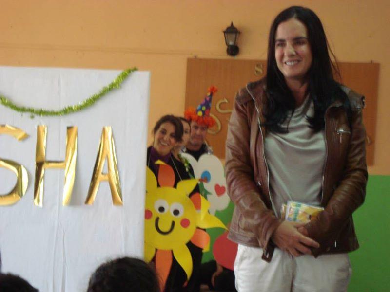 Isha en la escuela canciller Orlando Letelier