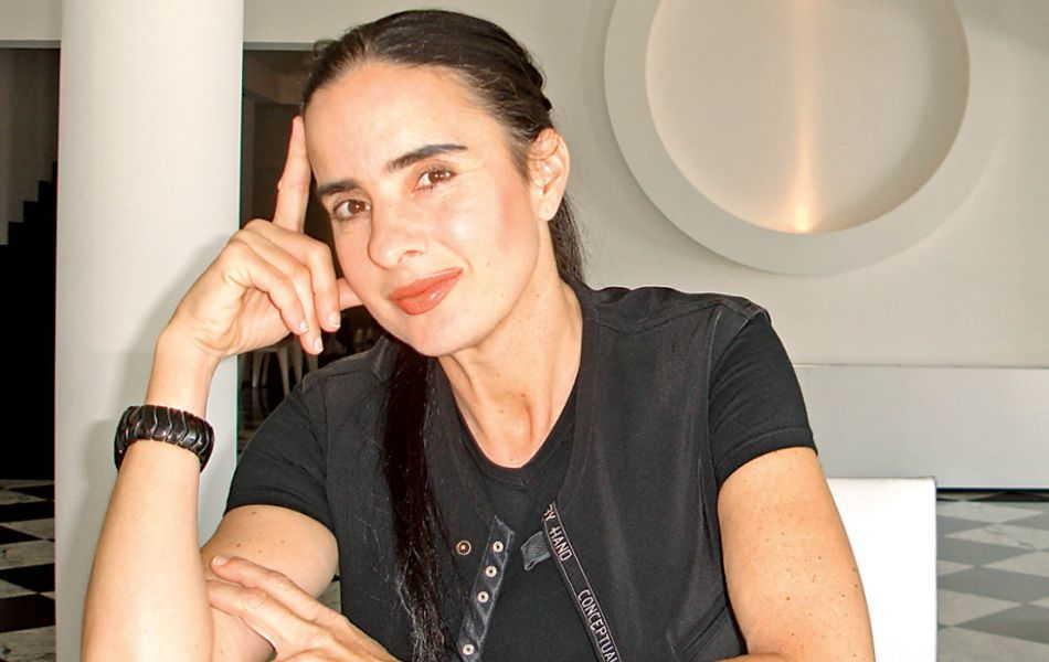 Entrevista a Isha en Excelsior periódico del CDMX octubre 2016
