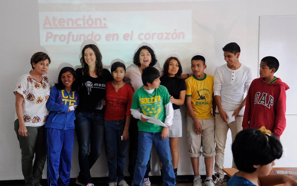 Fundación Isha en Aldeas Infantiles, México DF