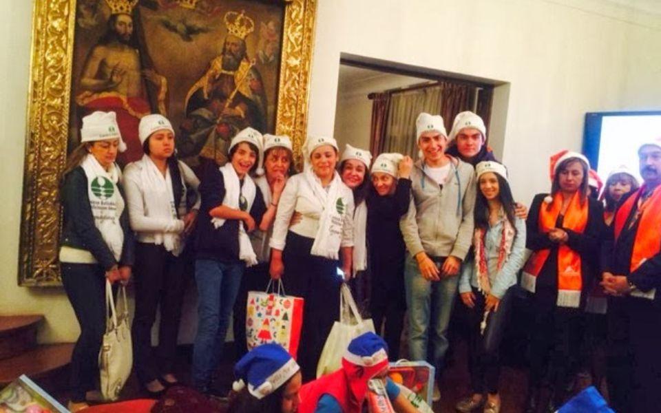 Isha Colombia – Llevando regalos a las fundaciones de niños con cáncer