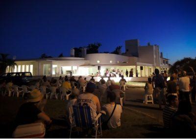 Isha - teatro en el centro uruguay 2