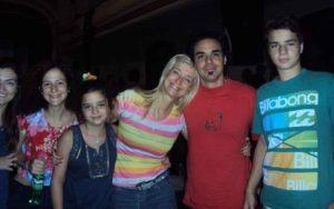 Isha – junto a-sus estudiantes 3