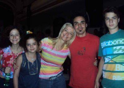 Isha - junto a-sus estudiantes 3