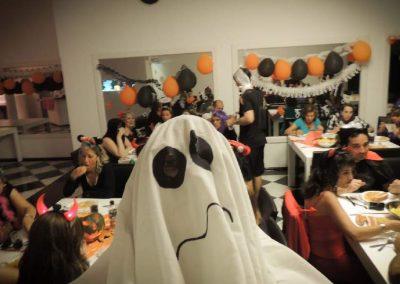 Isha-fiesta-de-halloween-en-la-i-2